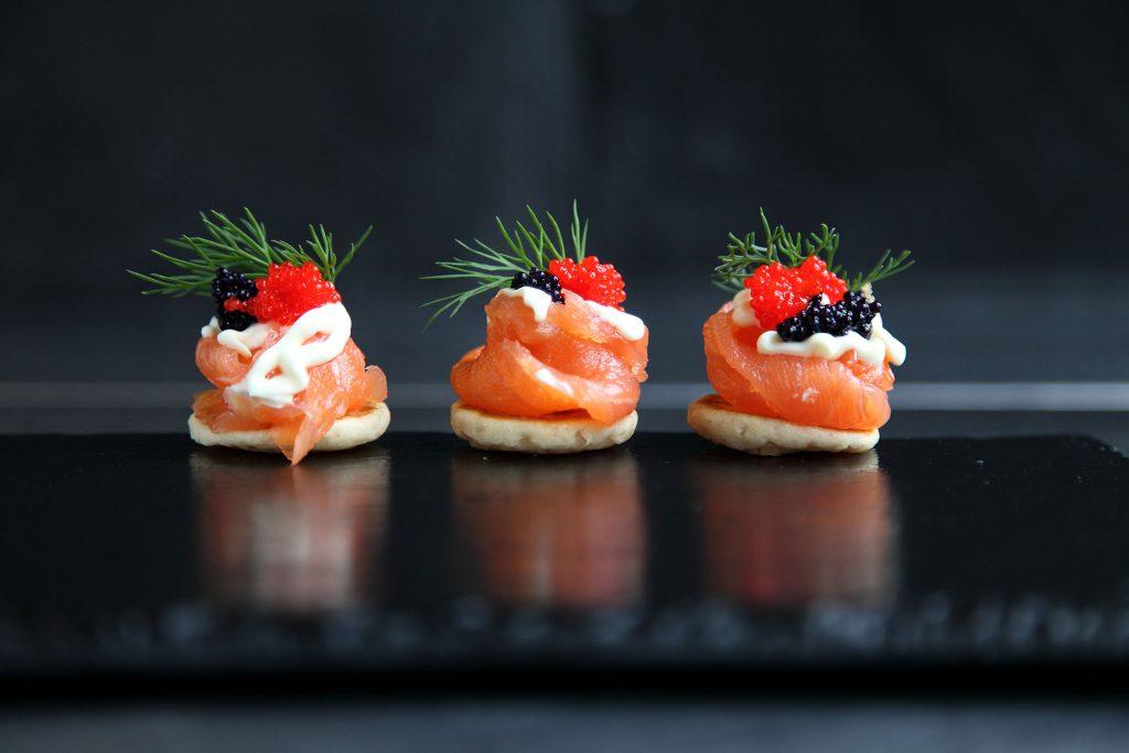 Smoked-salmon-canapé